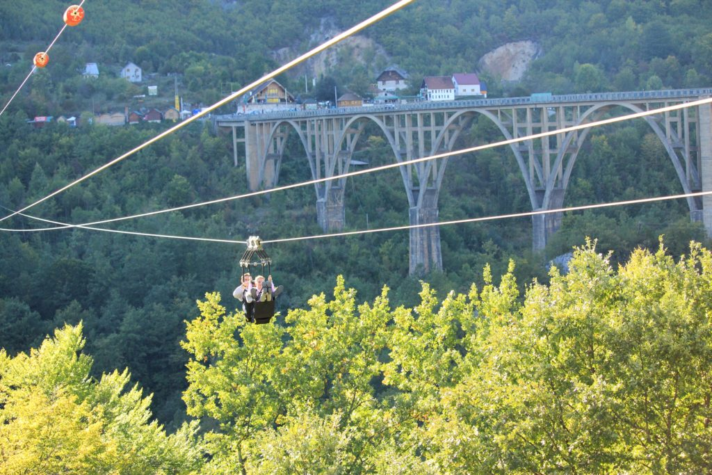 Самый большой в Европе Zip-Line рядом с мостом Джурджевича